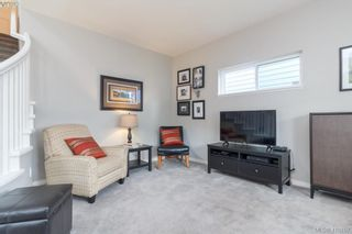 Photo 9: 23 Newstead Cres in VICTORIA: VR Hospital House for sale (View Royal)  : MLS®# 814303