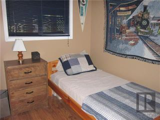 Photo 12: 4 Sprague Crescent in Victoria Beach: R27 Residential for sale : MLS®# 1911250