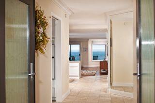 Photo 4: Condo  : 2 bedrooms :  in Solana Beach