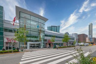 """Photo 23: 601 13688 100 Avenue in Surrey: Whalley Condo for sale in """"ONE PARK PLACE"""" (North Surrey)  : MLS®# R2465164"""