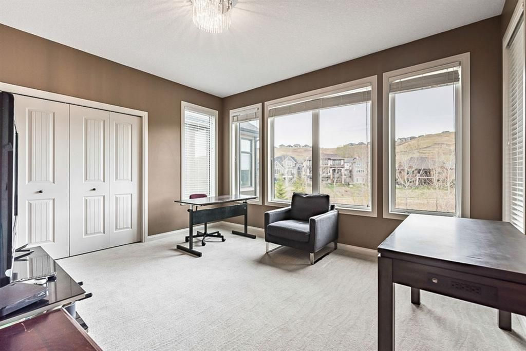 Photo 14: Photos: 72 Cranbrook Heights SE in Calgary: Cranston Detached for sale : MLS®# A1105486