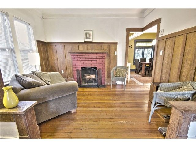 Main Photo: 3584 MARSHALL ST in Vancouver: Grandview VE House for sale (Vancouver East)  : MLS®# V1012094