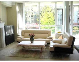 """Photo 2: 212 4685 VALLEY Drive in Vancouver: Quilchena Condo for sale in """"MARGUERITE HOUSE I"""" (Vancouver West)  : MLS®# V678744"""