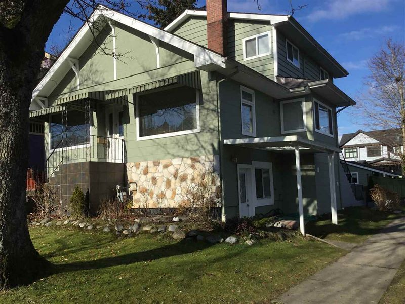 FEATURED LISTING: 905 21 Avenue West Vancouver