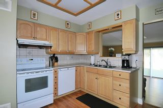 Photo 5: 1651 ROBERTSON Avenue in Port Coquitlam: Glenwood PQ House for sale : MLS®# R2033421