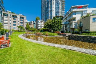 """Photo 33: TH112 1288 MARINASIDE Crescent in Vancouver: Yaletown Townhouse for sale in """"Crestmark 1"""" (Vancouver West)  : MLS®# R2587064"""