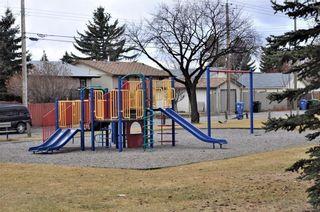 Photo 2: 4120 13 Avenue NE in Calgary: Marlborough House for sale : MLS®# C4144113