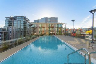 """Photo 14: 318 38 W 1ST Avenue in Vancouver: False Creek Condo for sale in """"THE ONE"""" (Vancouver West)  : MLS®# R2576246"""