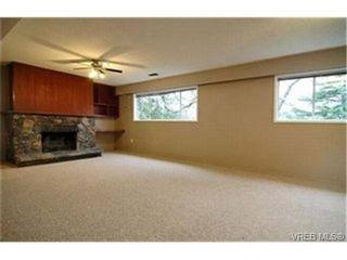 Photo 8:  in VICTORIA: SE Lambrick Park House for sale (Saanich East)  : MLS®# 424788