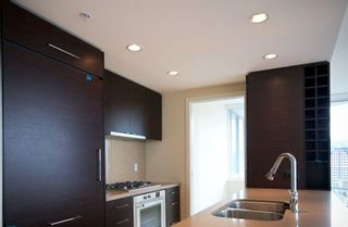 """Photo 6: 2503 833 HOMER Street in Vancouver: Downtown VW Condo for sale in """"ATELIER"""" (Vancouver West)  : MLS®# V839630"""