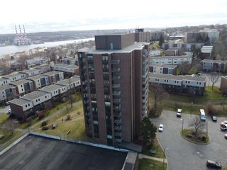 Photo 3: PH 9 5572 North Ridge in Halifax: 3-Halifax North Residential for sale (Halifax-Dartmouth)  : MLS®# 202108398