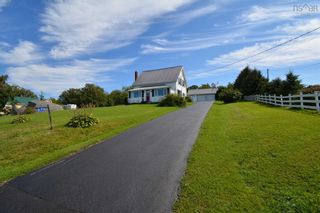 Photo 2: 676 Highway 201 in Moschelle: 400-Annapolis County Residential for sale (Annapolis Valley)  : MLS®# 202123426