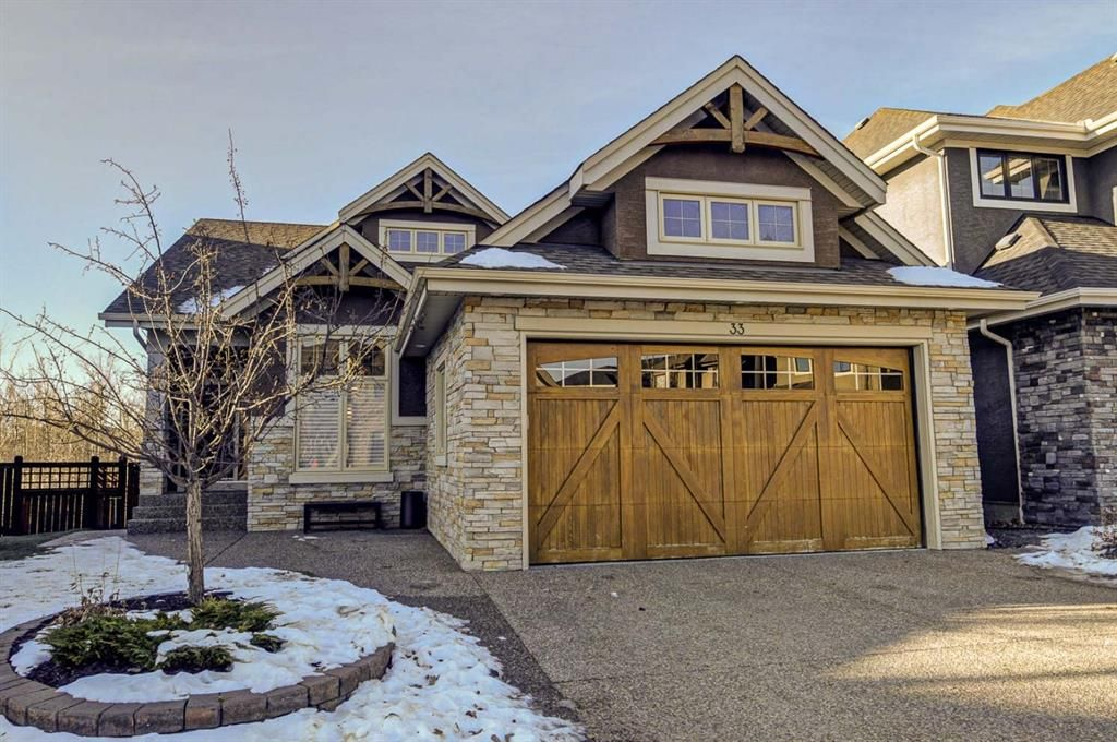 Main Photo: 33 WEST COACH Way SW in Calgary: West Springs Detached for sale : MLS®# A1053382