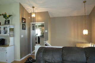 Photo 9: 28 Rothshire Drive in Winnipeg: Transcona Residential for sale ()