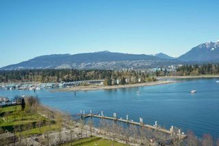 """Photo 3: 1104 1139 W CORDOVA Street in Vancouver: Coal Harbour Condo for sale in """"HARBOUR GREEN TWO"""" (Vancouver West)  : MLS®# R2571905"""