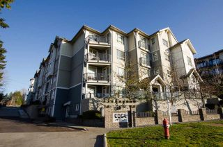 """Photo 19: 421 13897 FRASER Highway in Surrey: Whalley Condo for sale in """"EDGE"""" (North Surrey)  : MLS®# R2422441"""