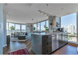 Photo 4: 2006 918 COOPERAGE WAY in Vancouver: Yaletown Condo for sale (Vancouver West)  : MLS®# R2607000