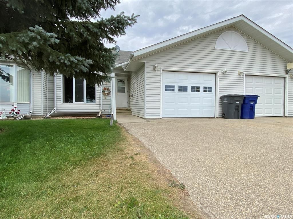 Main Photo: 10 2 1275 Aaro Avenue in Elbow: Residential for sale : MLS®# SK860892