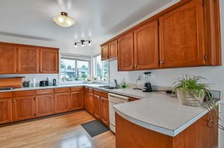 Photo 4: 1872 Treelane Rd in : CR Campbell River West House for sale (Campbell River)  : MLS®# 870095