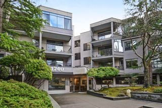 """Photo 1: 208 1740 SOUTHMERE Crescent in Surrey: Sunnyside Park Surrey Condo for sale in """"CAPSTAN WAY"""" (South Surrey White Rock)  : MLS®# R2234787"""