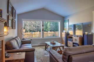 Photo 3: 5961 Sealand Rd in : Na North Nanaimo House for sale (Nanaimo)  : MLS®# 866949