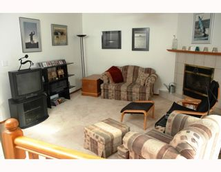 Photo 3: 3829 GRACE Crescent in Prince_George: Pinecone House for sale (PG City West (Zone 71))  : MLS®# N193860