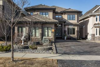 Photo 2: 4012 MACTAGGART Drive in Edmonton: Zone 14 House for sale : MLS®# E4236735