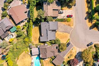 Photo 2: 35309 KNOX Crescent in Abbotsford: Abbotsford East House for sale : MLS®# R2606396
