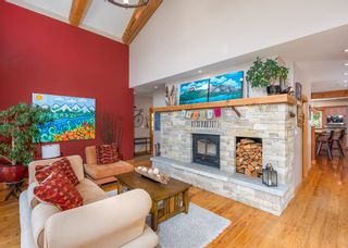 """Photo 4: 1002 BALSAM Place in Squamish: Valleycliffe House for sale in """"RAVENS PLATEAU"""" : MLS®# R2611481"""