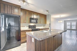 Photo 16: 525 Mckenzie Towne Close SE in Calgary: McKenzie Towne Row/Townhouse for sale : MLS®# A1107217