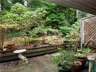"""Photo 9: 3944 INDIAN RIVER Drive in North Vancouver: Indian River Townhouse for sale in """"HIGHGATE TERRACE"""" : MLS®# V875032"""