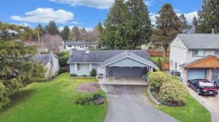 Photo 1: 15660 ASTER Road in Surrey: King George Corridor House for sale (South Surrey White Rock)  : MLS®# R2448556
