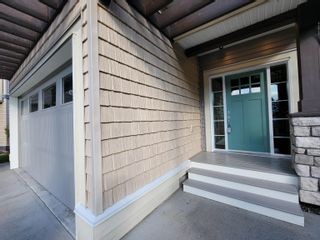 Photo 3: 8722 PARKER Court in Mission: Mission BC House for sale : MLS®# R2617456