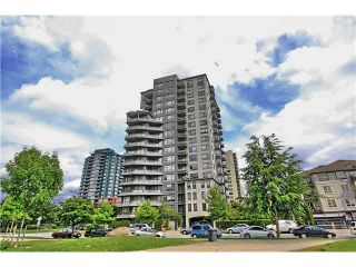 "Photo 1: 513 3520 CROWLEY Drive in Vancouver: Collingwood VE Condo for sale in ""MILLENIO"" (Vancouver East)  : MLS®# R2062892"