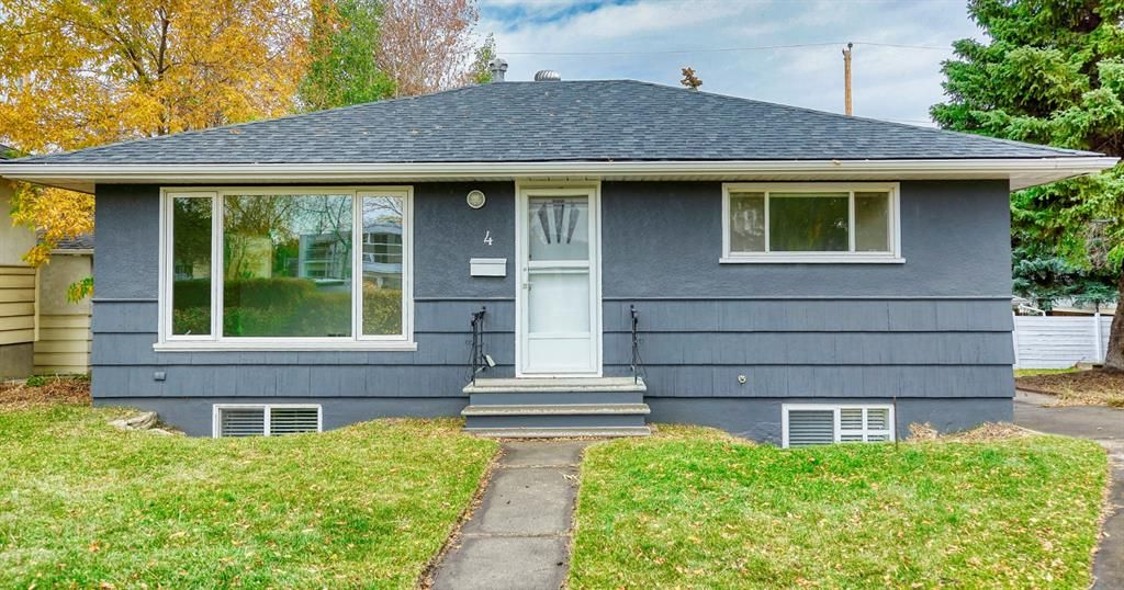 Main Photo: 4 Kelwood Crescent SW in Calgary: Glendale Detached for sale : MLS®# A1039798