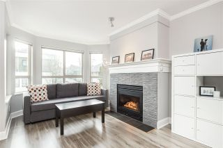"""Photo 3: 207 3615 W 17TH Avenue in Vancouver: Dunbar Condo for sale in """"Pacific Terrace"""" (Vancouver West)  : MLS®# R2426507"""