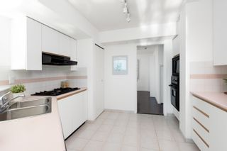 """Photo 8: 1101 1415 W GEORGIA Street in Vancouver: Coal Harbour Condo for sale in """"PALAIS GEORGIA"""" (Vancouver West)  : MLS®# R2615848"""
