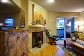 Photo 4: 104 3753 W 10TH Avenue in Vancouver: Point Grey Townhouse for sale (Vancouver West)  : MLS®# R2210216