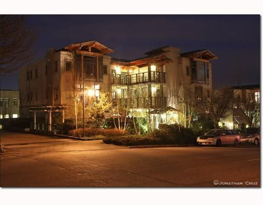 Main Photo: # 208 550 17TH ST in West Vancouver: Condo for sale : MLS®# V800376