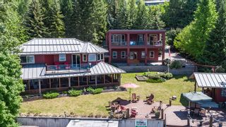 Photo 7: 6017 Eagle Bay Road in Eagle Bay: House for sale : MLS®# 10190843