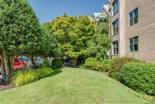 Photo 31: 203 1190 View St in Victoria: Vi Downtown Condo for sale : MLS®# 845109