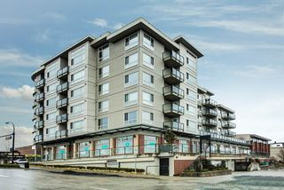 """Photo 1: 503 22318 LOUGHEED Highway in Maple Ridge: West Central Condo for sale in """"223 NORTH"""" : MLS®# R2348237"""