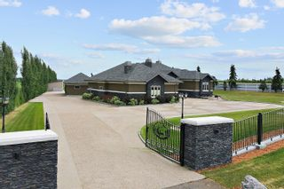 Photo 2: 98 CROZIER Drive: Rural Sturgeon County House for sale : MLS®# E4253581