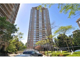 """Photo 1: 1702 9603 MANCHESTER Drive in Burnaby: Cariboo Condo for sale in """"STRATHMORE TOWERS"""" (Burnaby North)  : MLS®# V1072426"""