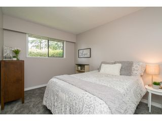 "Photo 15: 4519 SOUTHRIDGE Crescent in Langley: Murrayville House for sale in ""Murrayville"" : MLS®# R2473798"