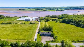 Photo 2: 8913 Highway 215 in Maitland: 105-East Hants/Colchester West Residential for sale (Halifax-Dartmouth)  : MLS®# 202117304