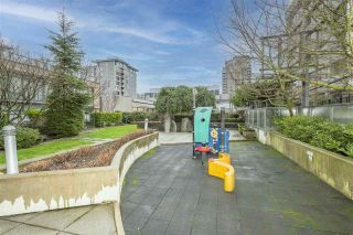 """Photo 22: 405 1690 W 8TH Avenue in Vancouver: Fairview VW Condo for sale in """"The Musee"""" (Vancouver West)  : MLS®# R2527245"""