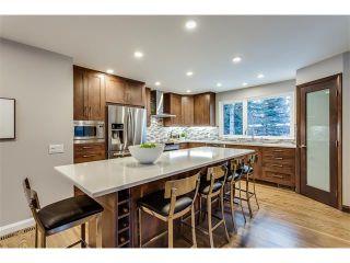 Photo 9: 5008 VANSTONE CR NW in Calgary: Varsity House for sale : MLS®# C4094645
