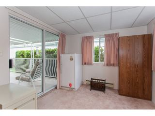 """Photo 17: 106 2303 CRANLEY Drive in Surrey: King George Corridor Manufactured Home for sale in """"Sunnyside"""" (South Surrey White Rock)  : MLS®# R2150906"""