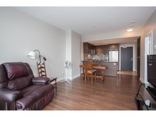 """Photo 5: 2202 2968 GLEN Drive in Coquitlam: North Coquitlam Condo for sale in """"Grand Central 2"""" : MLS®# R2142180"""